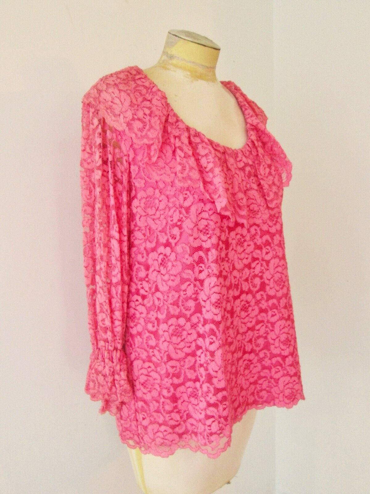 Vtg 60s pink 2-pc babydoll top bell bottom lace p… - image 4