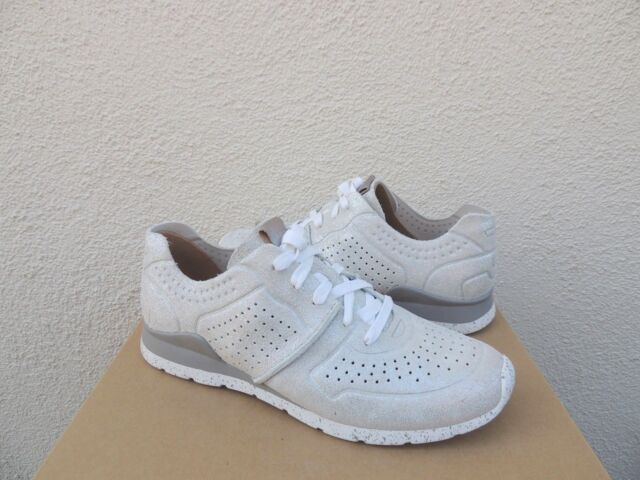 46ea967afc9 Ladies UGG Tye Stardust Gray Silver SNEAKERS Tennis Shoes Worn Once Size 9