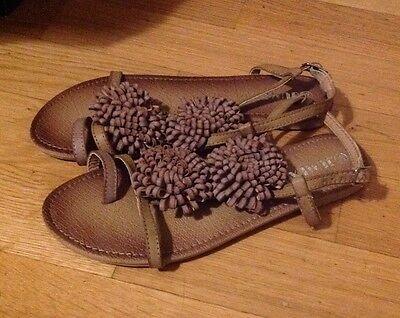 Schuhe Sandalen Neu Größe 36