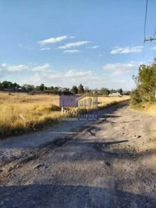 Terreno en Venta 2000 mts2 sobre carretera frente Trebol Tarimbaro T509