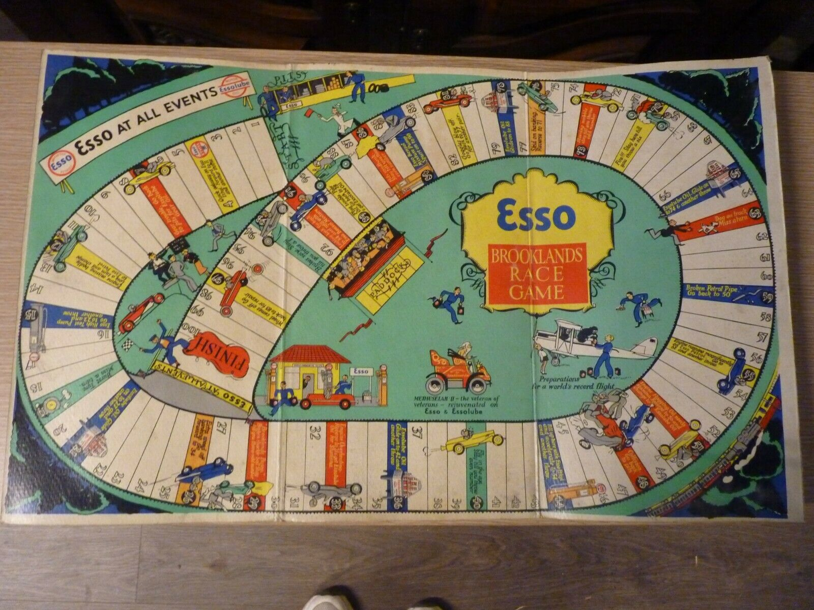 RARE VINTAGE COLLECTABLE ESSO (PRATTS) HIGH TEST BROOKLANDS RACE GAME BOARD 50'S