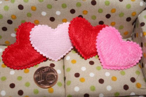 6145-4 flauschige Kissen Herzform Miniaturen für Puppenhaus Puppenstube 1:12
