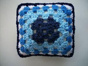 """Franc Mini Crochet Carré Coussin/oreiller, Maison De Poupées, En Croissant, Décoratif, Bleu 5""""-,dolls House,pincushion,decorative,blue 5"""" Fr-fr Afficher Le Titre D'origine"""