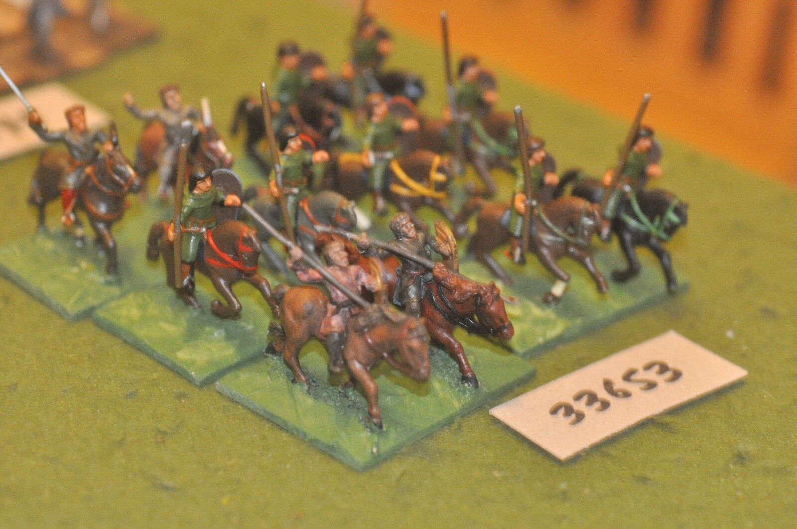 25mm medieval   norman - scouts 12 figures - cav (33653)