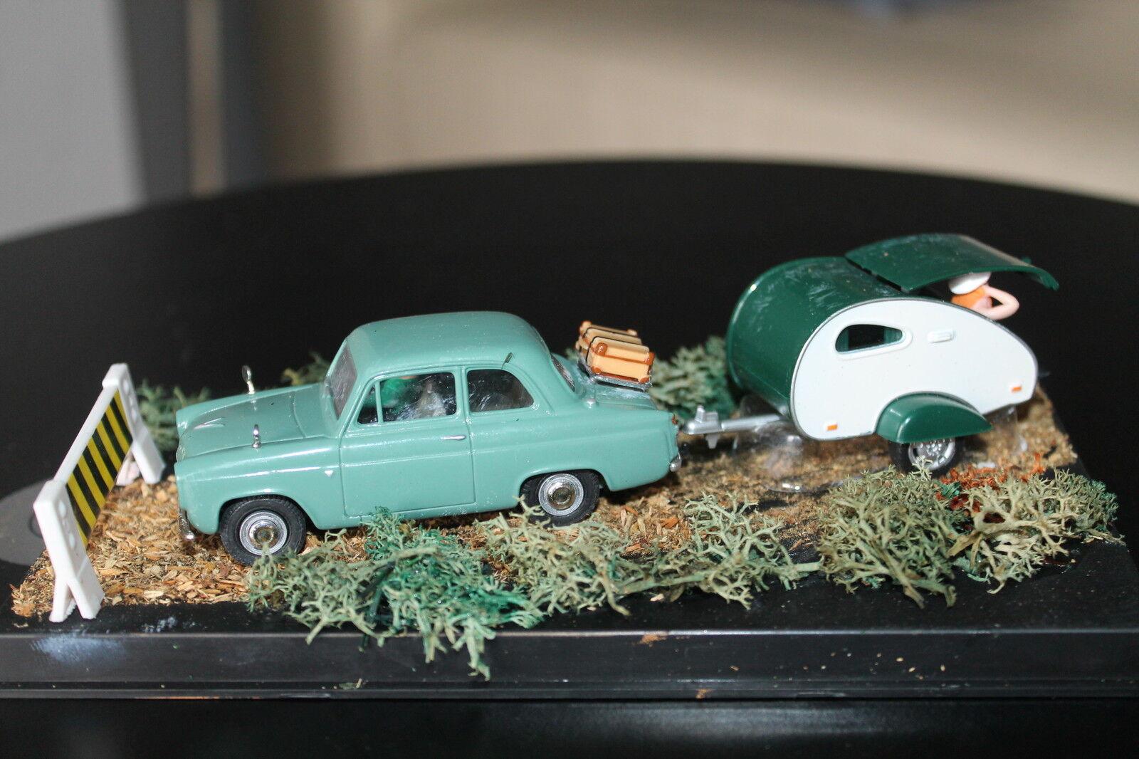 CORGI vanguards  Ford Anglia 100e  & voitureavane diorama  pièce unique  meilleurs prix et styles les plus frais