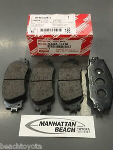Toyota Brake Pads >> Details About 2014 2019 Corolla Front Brake Pads New Genuine Toyota Oem 04465 02410