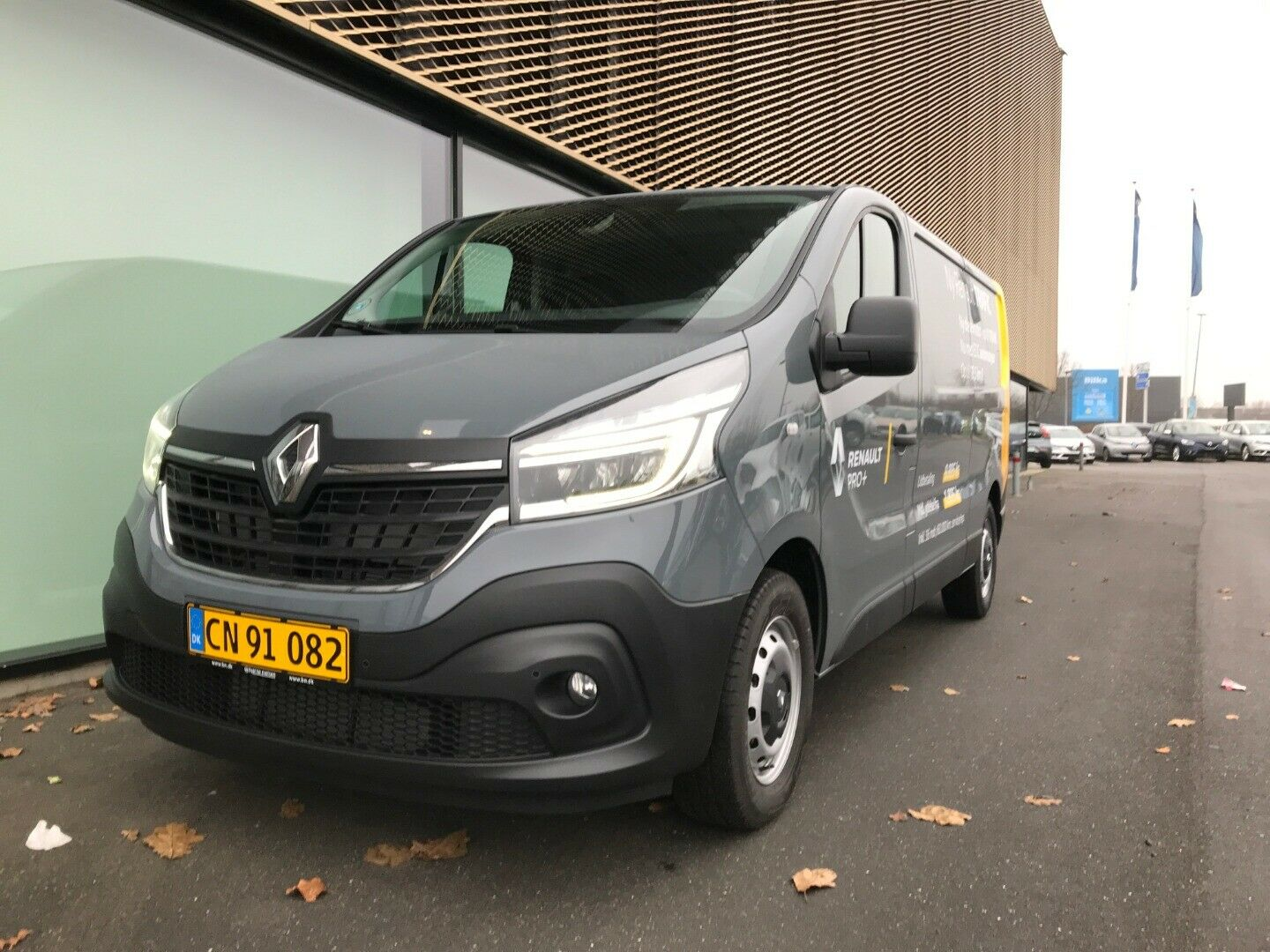 Renault Trafic T29 2,0 dCi 145 L2H1