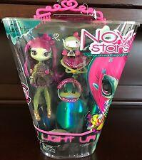 "NOVI STARS 7"" Alie Lectric Doll Green Light Up Legs Hi-DEF Pet"