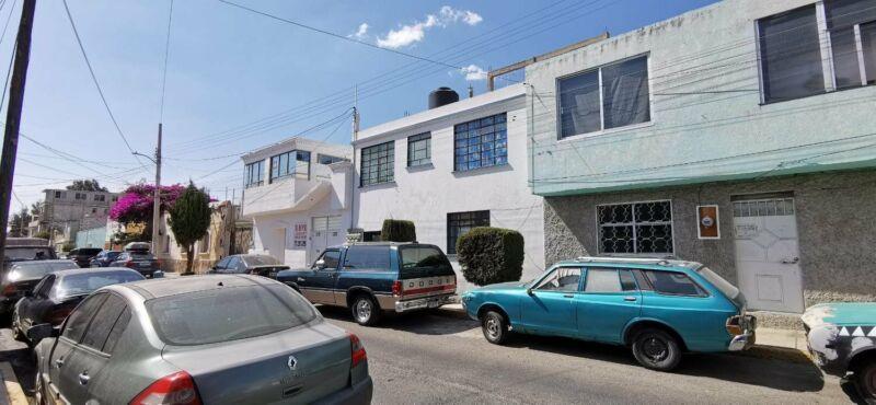 Propiedad céntrica, con 7 habitaciones, y baños completos, en la Colonia Morelos, Pachuca, Hidalgo.