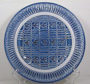 Jens-von-der-Lippe-Norway-Plate-Stylized-Birds-Blue-Studio-Art-Pottery-Signed