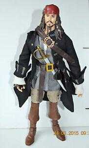 Ein Kunststoffkoffer Ist FüR Die Sichere Lagerung Kompartimentiert Jack Sparrow Johnny Depp Große Figürchen Pirares Of The Caribbean 32x15cm