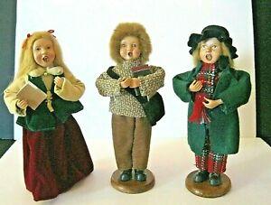 Vintage-Three-Christmas-Caroler-Figurines-Christmas-Holiday-9-1-2-034-Doll