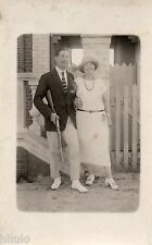 BK512 Carte Photo vintage card RPPC couple mode fashion fusil gun unusual