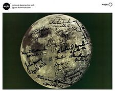 Moon Lithograph Signed by 13 Apollo Astronauts (7 Moonwalkers/4 Dec'd)