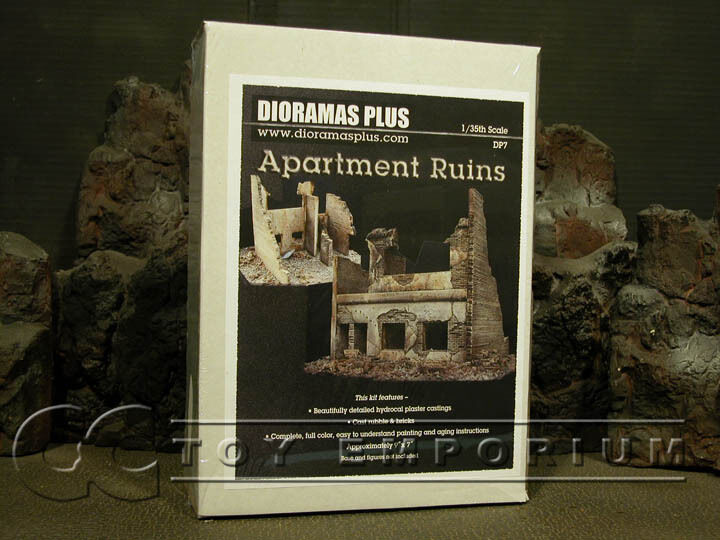 Dioramas Plus 1 35 Deluxe Two Story Apartment Ruin Kit