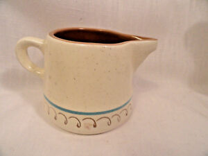 Vintage-Stangl-Pottery-Blue-Daisy-Milk-Pitcher-and-Creamer-Dinnerware-MINT