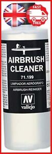 Vallejo-Model-Air-200-ml-Airbrush-Cleaner