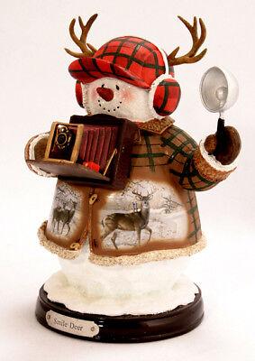 "/""Smile Deer/""  #15-16381-007 Snowman Photographer Figurine"