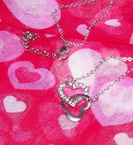 EXQUISITE CRYSTAL & WGP INTERTWINED HEART PENDANT  W/18-INCH CHAIN