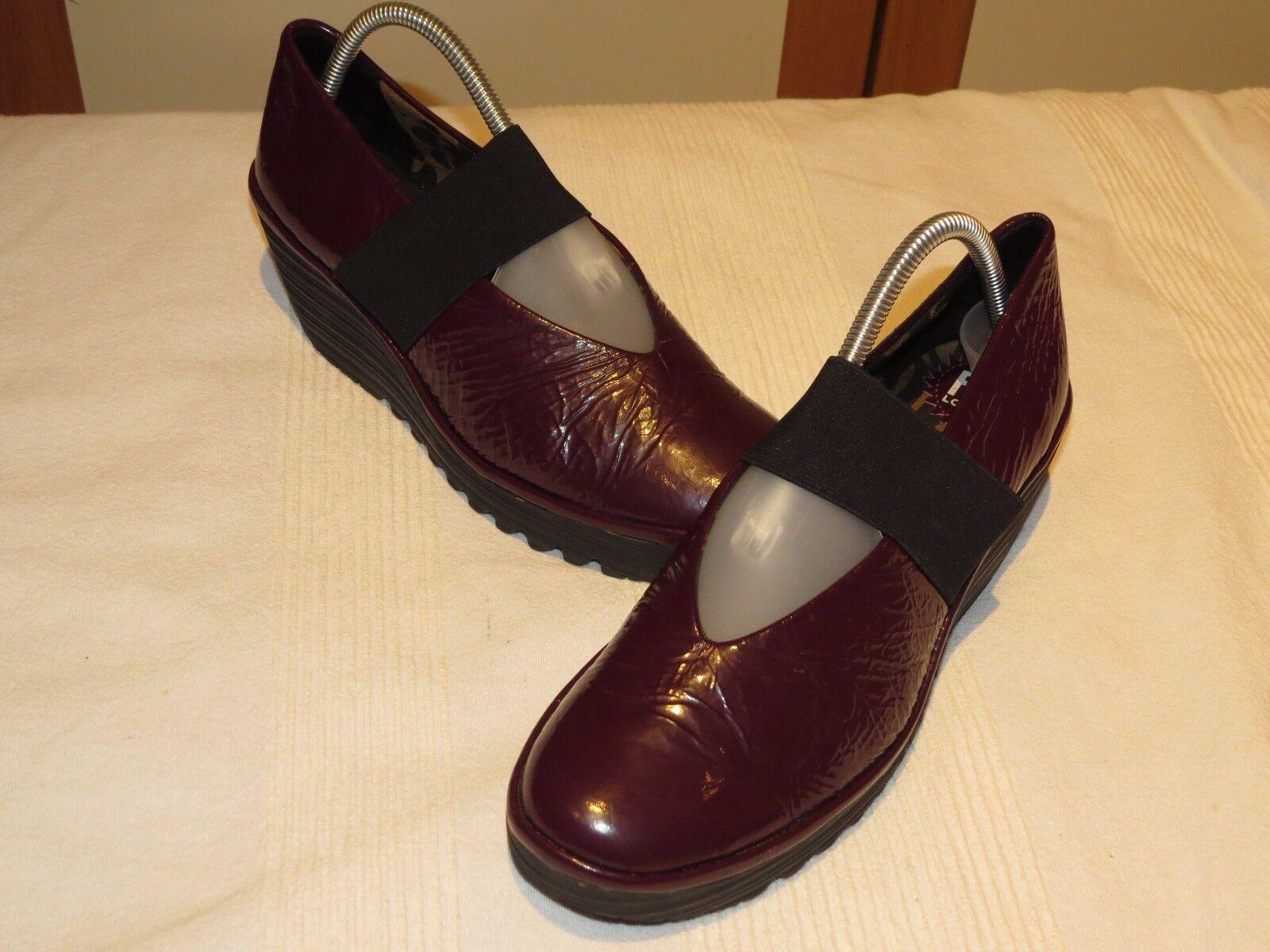 FLY LONDON YALE PURPLE PATENT LEATHER SLIP ON MARY JANE Schuhe UK 8 EU 41