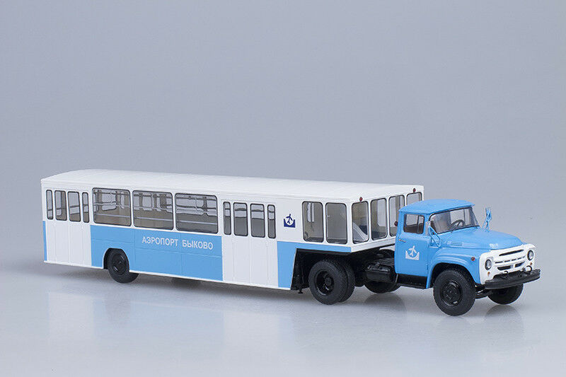 ZIL 130V1 tractor + APPA-4 Bykovo Airport shuttle  1 43 Start Scale Models SSM70