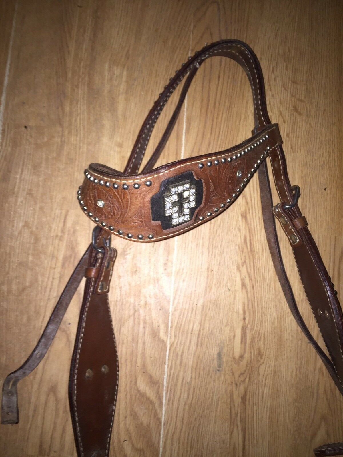 Leather  Headstall With Rhinestones Forming A Cross  outlet