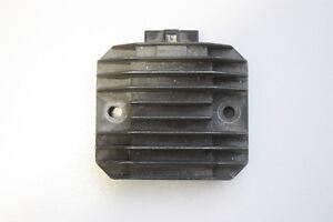 2000-YAMAHA-YZFR600-R6-VOLTAGE-REGULATOR-RECTIFIER-OEM
