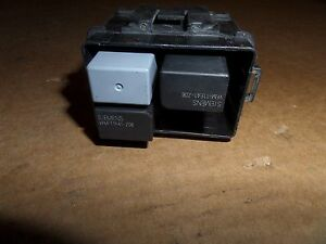 s l300 99 00 01 acura tl engine bay fuse relay box under hood siemens vfm