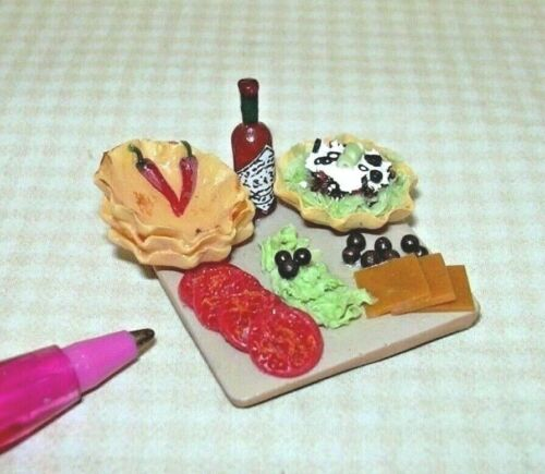 DOLLHOUSE 1:12 Miniature Tortilla Bowls//Ingredients for Taco Salad Preparation