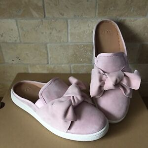 c52781e1979 Details about UGG LUCI BOW SEASHELL PINK SUEDE SLIP-ON SNEAKER LOAFERS  SHOES SIZE US 9.5 WOMEN