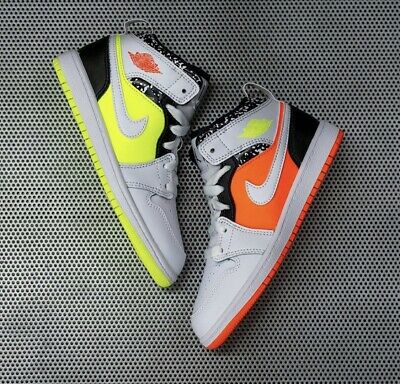 Air Jordan 1 Mid Composition Notebook | 554725 870 | Limited