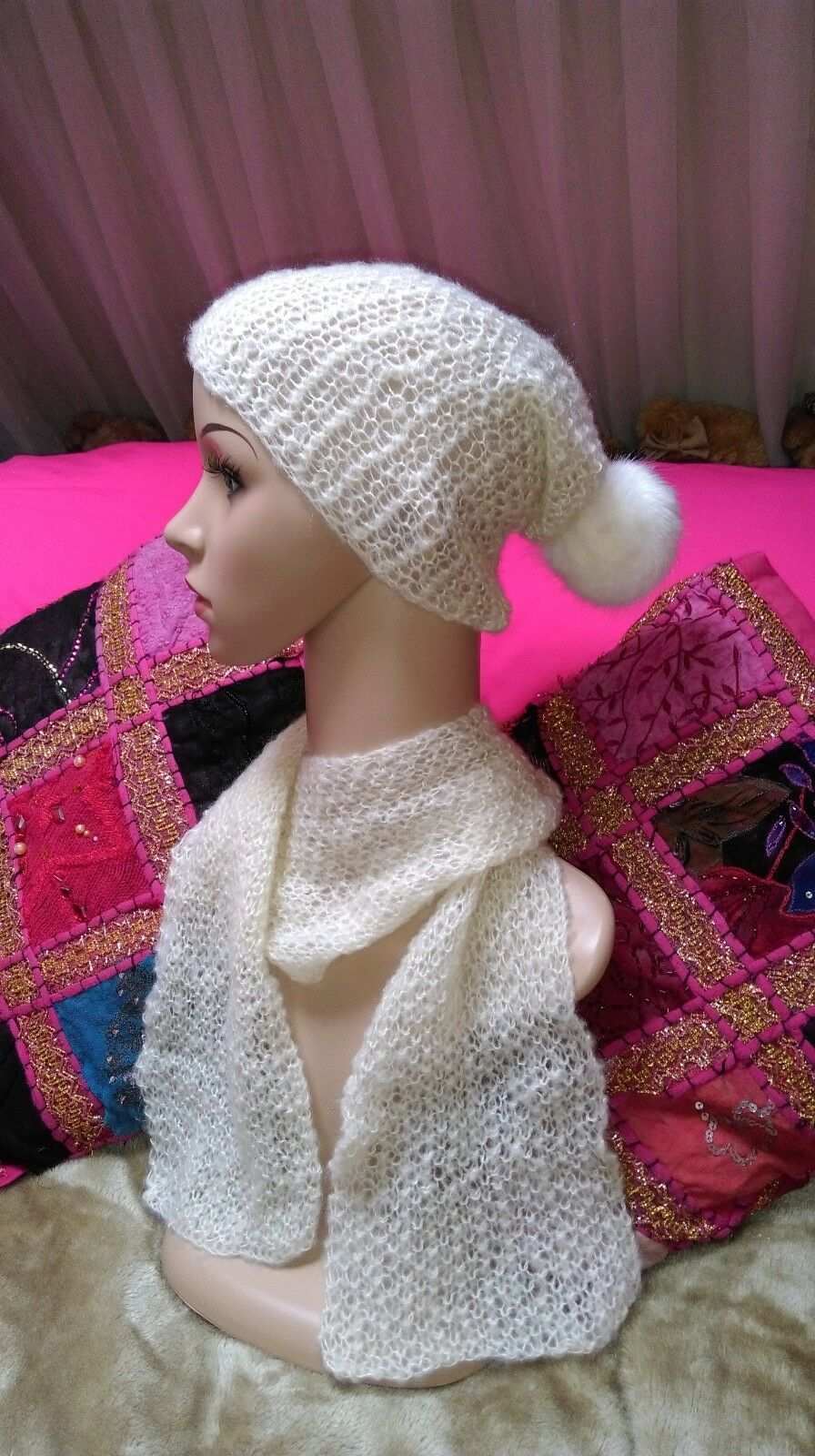 vegan hand knitted ladies/girls slouch hat and scarf set cream