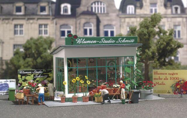 """Busch H0 1049 Flower Shop """" Schmitt """" New"""