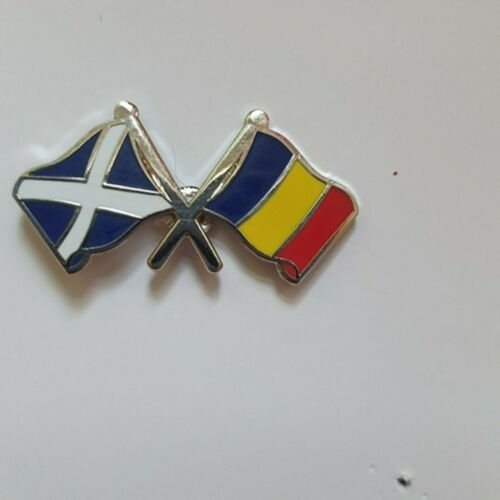 Metal Pin Badge SCOTLAND AND ROMANIA T1106