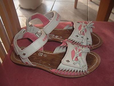 Zuckersüße GEOX Sandalen Leder hellgrau rosa, Größe 37