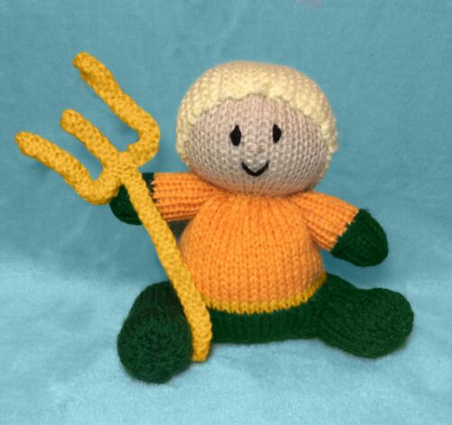 KNITTING PATTERN Aquaman inspired choc orange cover //15cm Justice League toy