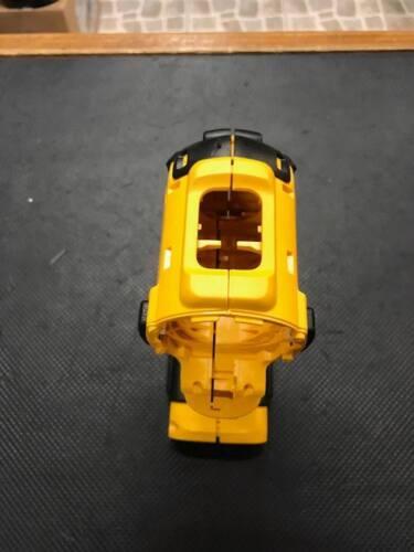 DCD780 DEWALT 20V IMPACT DRILL DRIVER CLAM SHELL N352559 *