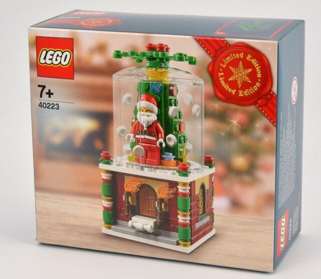 Lego 40223  Snowglobe box has been chrushed