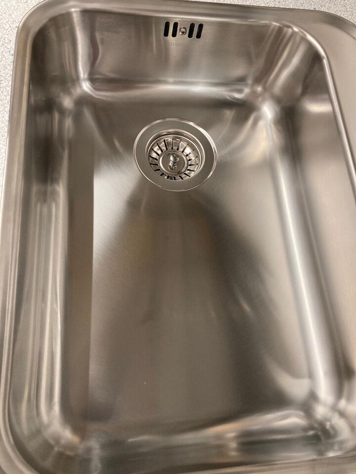 Lys grå laminat bordplade t. komplet køkken, in...