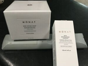 Monat-Berry-Refined-Scrub-Skin-Revitalizing-Essence-freebees