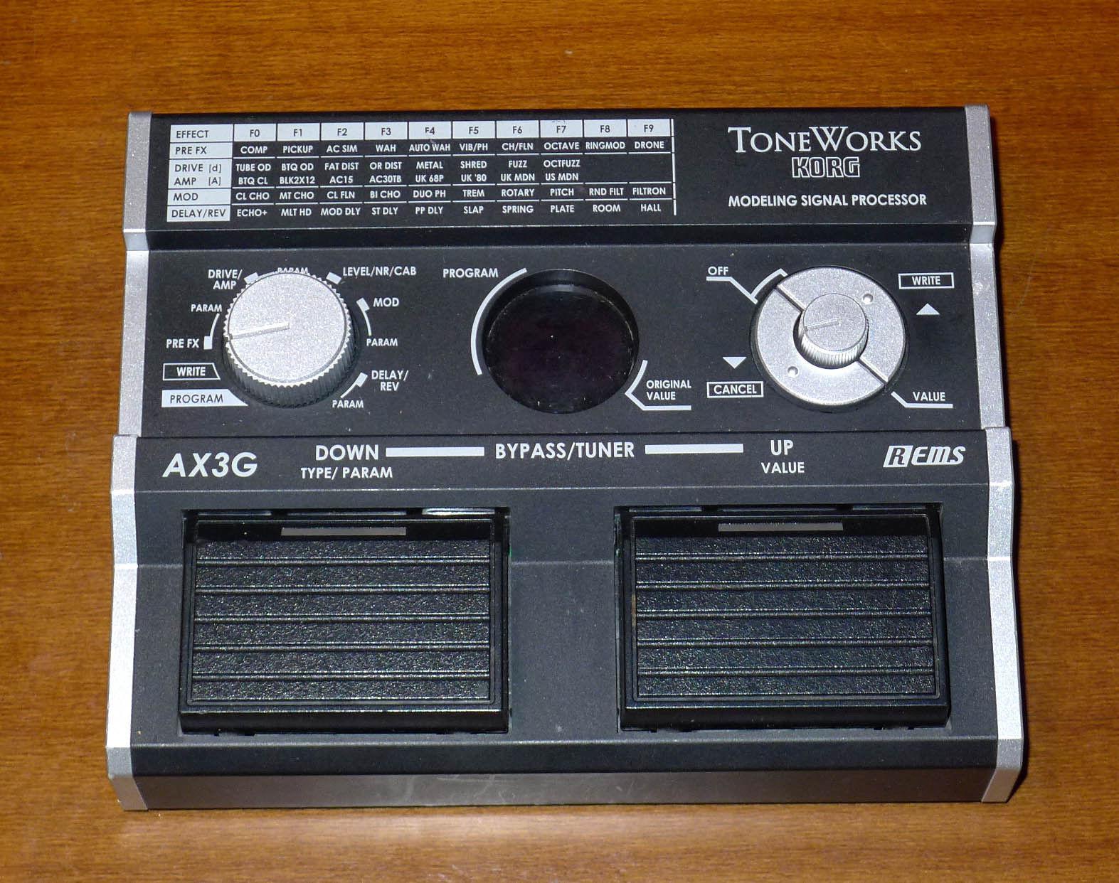 Korg toneworks AX3G multi effects pedal modeling amp delay reverb for guitar