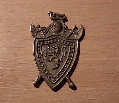1//12 dolls house miniature Fleur de lis Shield Plaque Ornament fireplace Picture
