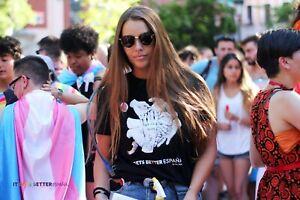 Camiseta-034-Never-Alone-034-by-Jav-Rubin