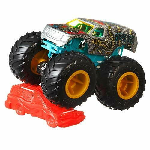 Hot Wheels FYJ44 Monster Trucks 1:64 Scale Die-Cast Assortment with Giant