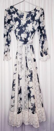 Floral Vintage 1970s Prairie Calico Maxi Dress Ruf