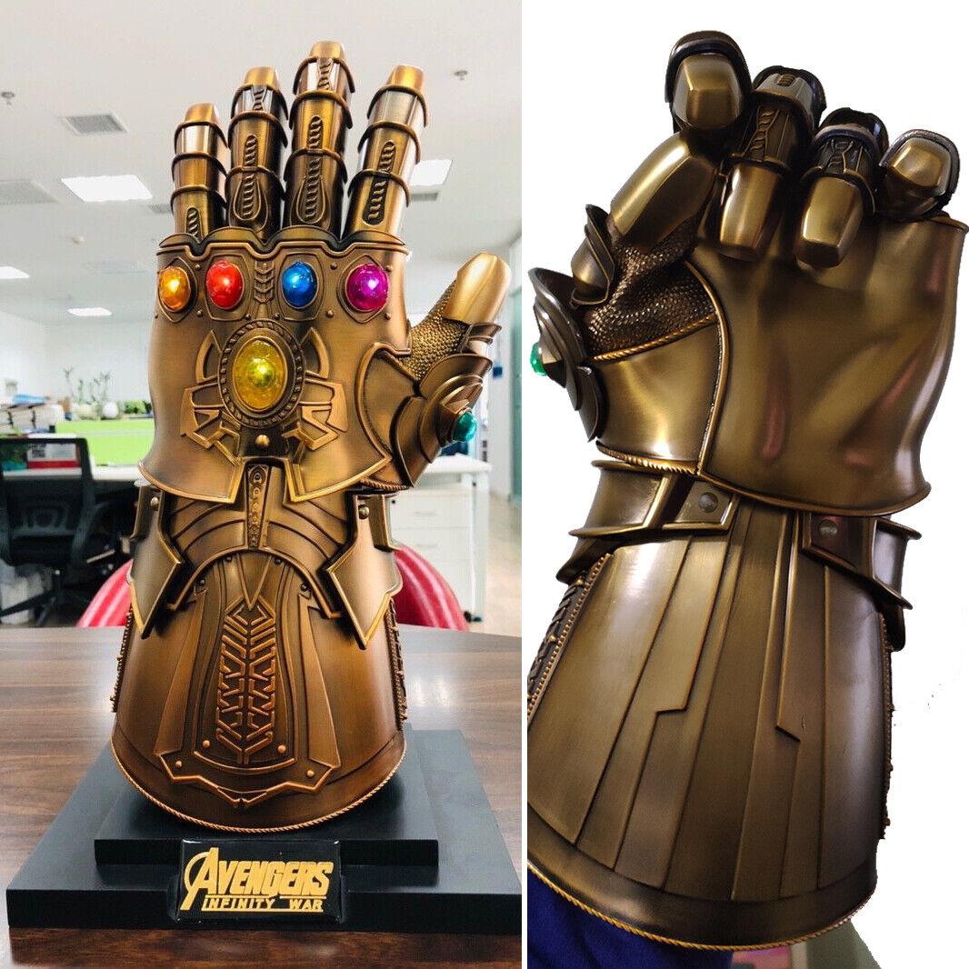 Hot HCMY Thanos Infinity Gauntlet Full Metal 1 1 usable CosJugar estatua LED Nuevo