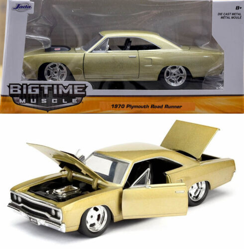 1970 Plymouth Road Runner Champagne Gold 1:24 Jada Toys 98234