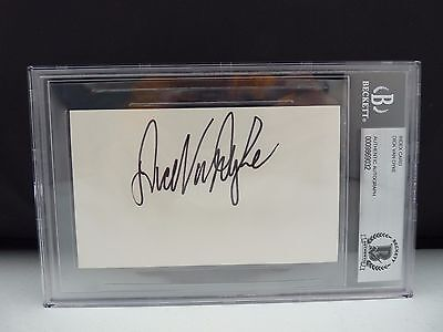 Well-Educated Dick Van Dyke Signed Autographed 3x5 Index Card Beckett Certified & Slabbed Movies