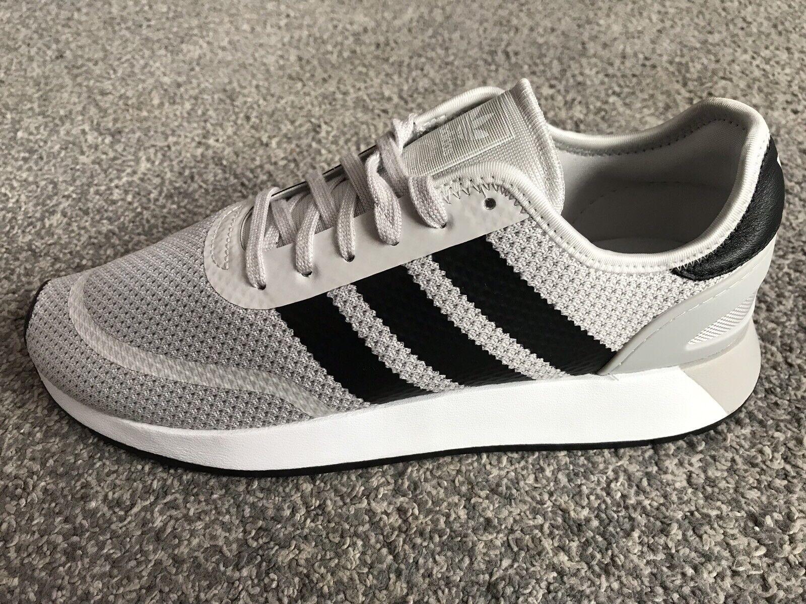 Adidas Originales Iniki Runner 5923, gris-