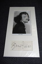 GRACIE FIELDS (+ 1979) signed Autogramm auf 13x24 cm Passepartout RAR
